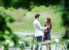 Doctors Hallyu Star, Korean Drama, Doctors, Kdrama, Portraits, Couple Photos, Couples, Couple Shots, Head Shots