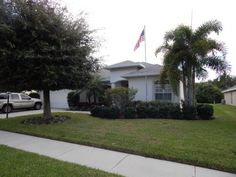 Creekwood Pool Home For Sale in Bradenton New Listing For sale in Manatee County . 3 Bedroom Pool Home