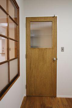 リノベーション 設計事務所 FieldGarage Inc. www.fieldgarage.com/     DOOR _ ドア・扉・建具・造作ドア Stairs Window, Window Wall, Irori, Small Office, Door Design, Windows And Doors, Tall Cabinet Storage, My House, Sweet Home