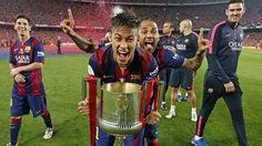 (41) Twitter  Neymar Jr comemorando vitória da Copa  do Rei. #ViscaBarça!!!