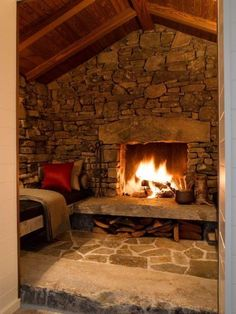 So cozy! Like the full stone wall.