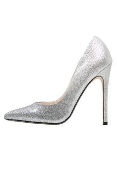 Chaussures Steve Madden WICKETG - Escarpins à talons hauts - silver glitter argent: 120,00 € chez Zalando (au 18/01/17). Livraison et retours gratuits et service client gratuit au 0800 915 207.