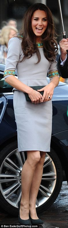 Kate wore a grey Matthew Williamson dress with subtle peplum detail and jade green beading trim for the even