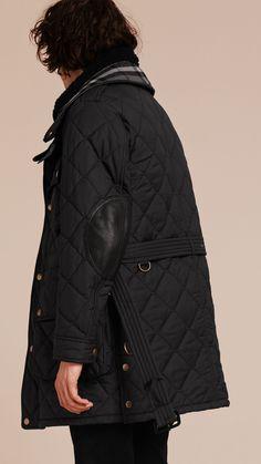 Jaqueta militar oversize acolchoada com colete removível de shearling Preto | Burberry