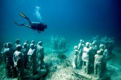 Invader - underwater in Cancun