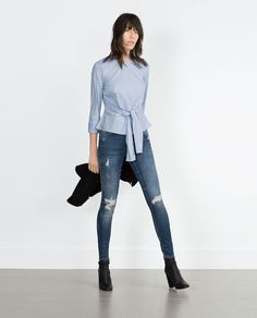 Image 1 of MEDIUM RISE SKINNY FIT JEANS from Zara