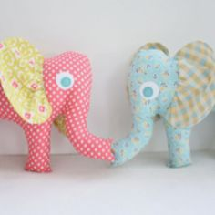 Adorable elephants from RileyBlakeDesigns! Would be a great way to use up scraps of fabric from the nursery!
