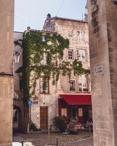 Pretty street corner in Avignon, South of France