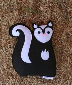 Forest Critters- Skunk with Red Clover- Eco Friendly- Woodland Gardening Animal