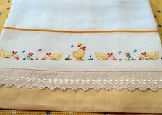 Hand Embroidery Tutorial, Bird Embroidery, Simple Embroidery, Embroidery Patterns, Cross Stitch Patterns, Cross Stitch For Kids, Cross Stitch Baby, Chicken Cross Stitch, Baby Sheets