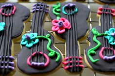 How to Make A Cookie Board & Cookie Bunting