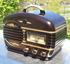 Vintage 1939-40 Art Deco Arvin Model 602A Chassis RE53 Miniature Bakelite Tube Radio