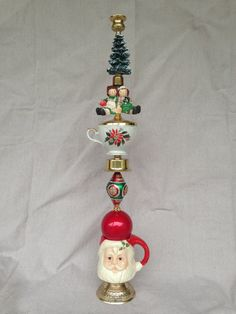 Christmas Candlestick Made Out Of Thriftcycled Items Christmas Makes, All Things Christmas, Winter Christmas, Christmas Holidays, Christmas Ornaments, Arte Assemblage, Christmas Projects, Holiday Crafts, Handmade Christmas