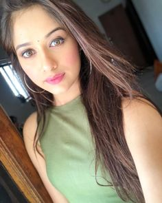 Television Actress Jannat Zubair Without Makeup Photos Viral Beautiful Bollywood Actress, Beautiful Indian Actress, Beautiful Actresses, Stylish Girl Images, Stylish Girl Pic, Teen Actresses, Indian Actresses, Teen Celebrities, Celebs