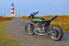 Kawasaki Street Tracker H1 turbo - Kawasaki 500 NOS #motorcycles #streettracker #motos | caferacerpasion.com