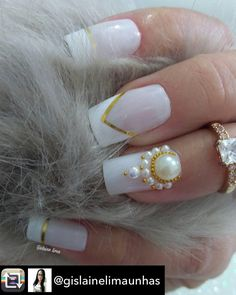 Repost from @gislainelimaunhas using @RepostRegramApp - www.tatacustomizaçãoecia.com.br  Pedrarias @tata_customizacao_e_cia ❤ Ameeeeeeiiiiii  ❤ Inspiração  #meninas #love #nailpolish #longnails #nails2inspire  #followme #nails #uñas #매니큐어 #unhas #лаковыйпонедельник  #фоторук #nagellack  #craftyfingers  #likesforfollowers #followersk #instablog #like4followers #follow4follow #esmaltes #esmalte #polish #nailsvideos #videos  #girls  #outfit  #ootd #photooftheday #simonetis #T...