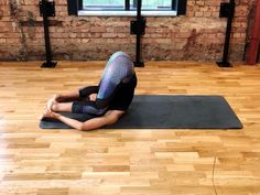 THIS YOGA FOR RUNNERS SEQUENCE IS DESIGNED TO SORT TIGHTNESS