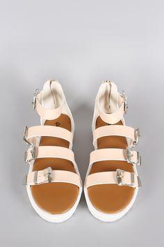 Qupid Leatherette Buckle Gladiator Flatform Sandal