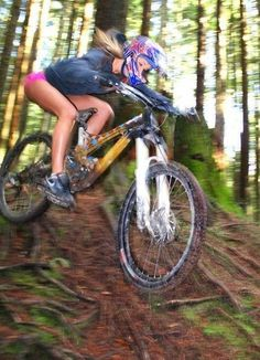 women love mountain biking too! Why don't you give it a go?! #mtb Should have knee pads, what do you think?