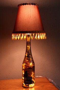 Lámpara hecha con botella de vidrio Cosas que se pueden hacer con botellas de vidrio
