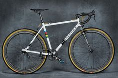 Bombtrack-Bicycles_Arise_Berliner_Fahrradschau_SSCXEUC_special-edition-custom-singlespeed-cyclocross-bike