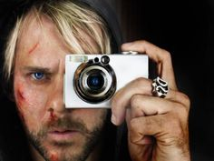 Dominic Monaghan Photography Camera, Amazing Photography, Charlie Pace, Beautiful Men, Beautiful People, Matthew Fox, Lost Stars, Evangeline Lilly, Dog Lady