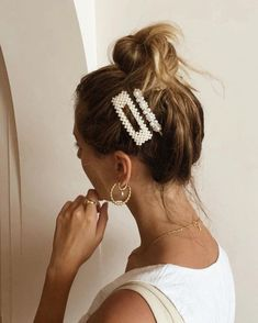 Faux Pearl Hair Clip Barrette Beaded Gold Color Metal Snap Hair Clip On Bridal Baby Shower Vintage Metal Snap Hair Clip Hair pin - Hair scarf styles - Clip Hairstyles, Braid Hairstyles, Easy Hairstyle, Christmas Hairstyles, Casual Hairstyles, Elegant Hairstyles, Indian Hairstyles, Everyday Hairstyles, Professional Hairstyles