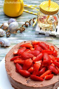#IchBacksMir || Mousse-au-Chocolat-Törtchen mit Erdbeeren | SchokoladenFee