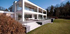 Villa Bussum | Het Gooi | The Netherlands | #bussum #hetgooi #villa #architecture #interior #design #jandesbouvrie #architectuur