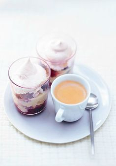 Trifle-Style Pavlova and Livanto   Layers of vanilla cream and fruit with a meringue cone topping. Does it sound too good to be true? Think again.