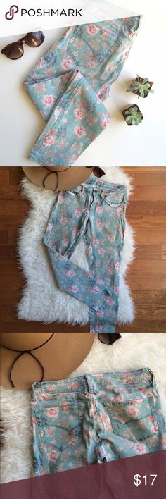 Sage Floral Skinny Jeans Adorable floral skinny jeans! So girly and fun - pair with an oversize cream sweater and camel ankle booties for coffee shop cool. Great condition, 27in inseam. Bullhead Jeans Skinny