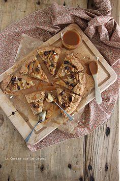 galette040 Galette rustique aux poires & à la crème de noisette, sauce caramel de poires
