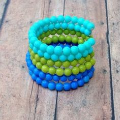 Memory Wire Cuff Bracelet | Looksi Square