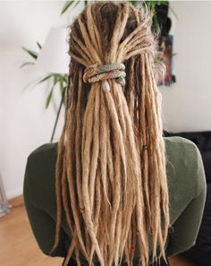 Love this girl's dreads! @dreadcinderella