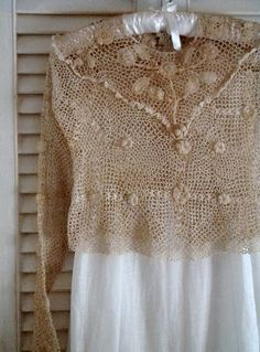 Irish lace, perfect with your favorite denim Irish Crochet, Crochet Lace, Crochet Tops, Linens And Lace, Irish Lace, Vintage Crafts, Antique Lace, Wool Yarn, Vintage Outfits