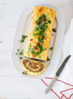 Jauheliha-munakasrulla | K-Ruoka Bree Van De Kamp, Tasty, Yummy Food, Tex Mex, Easy Cooking, Bon Appetit, Healthy Life, Seafood, Food And Drink