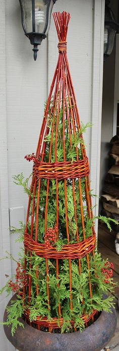 Fresh Flame Willow Obelisk, by The Branch Ranch. #winterplanter #urn #holidaydecor
