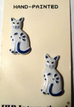 Set 2 Realistic Cat Buttons Orig Card Lot White Kitty w Blue Flowers Siamese | eBay