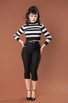 Deadly Dames Jailbird Cropped Sweater Top in Black and White Stripe - Pinup Girl Clothing Looks Rockabilly, Mode Rockabilly, Rockabilly Outfits, Rockabilly Fashion, Pin Up Outfits, Cute Outfits, Fashion Outfits, Pin Up Fashion, Bad Girl Outfits
