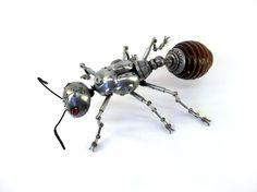 Animales convertidos en escultura steampunk