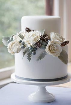 fall wedding cake designs don't necessarily need to follow the traditional fall colors