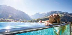 Einfach mal abschalten: das Tauern Spa in Kaprun in Österreich lädt ein die Seele baumeln zu lassen. Perfekt für ein Wellness Wochenende in den Alpen! #relax #wellness #erholung Hier geht's zum Hotel: https://www.travelcircus.de/hotel-tauern-spa-zell-am-see-kaprun