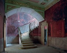 palacio_abandonado_7