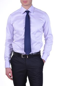 camisa lila cirbata azul - Buscar con Google Lavender Shirt, Color Combinations For Clothes, Mens Fashion, Fashion Outfits, Fashion Trends, Mens Essentials, Office Outfits, Men's Collection, Hot Boys