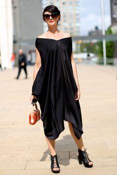 New York Fashion Week Street Style — Spring 2013 Edition New York Fashion Week Street Style, Spring Street Style, Street Chic, Street Fashion, Casual Chic, Style Casual, My Style, New Fashion Trends, Womens Fashion