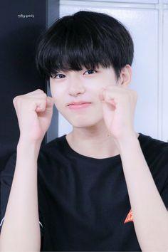 Sung Joon, Lee Sung, Cute Korean Boys, Korean Men, Korean Idols, Hot Teenagers Boys, Stylish Little Boys, Song Wei Long, Ulzzang Boy