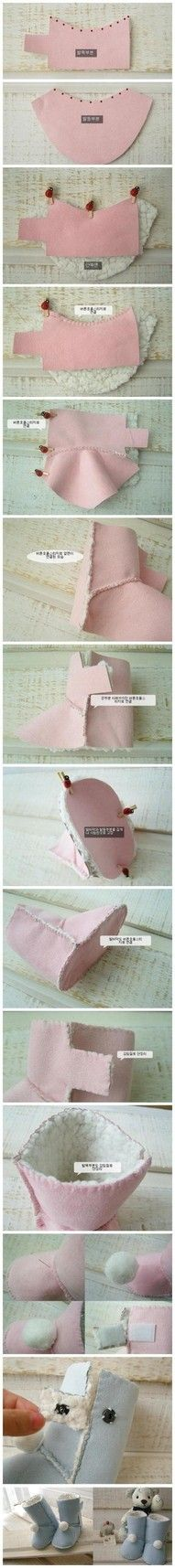 Make your own doll boots like UGGS--cute!