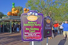 entering and exiting at mickeys halloween party 2016 disneyland