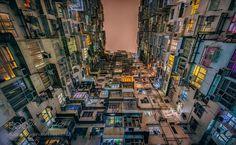 Walls of windows. de YulKwan