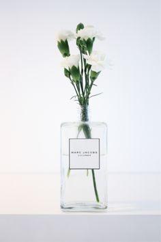 Florals & Perfume. (instagram: the_lane)